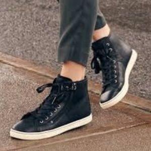 New Ugg Olive Black Leather US 7.5